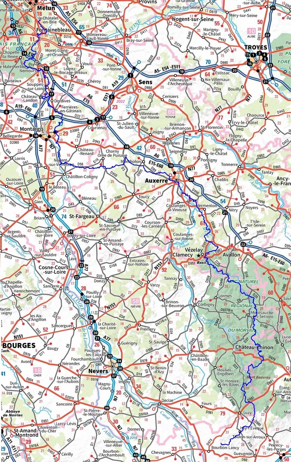 GR13 Hiking from Fontainebleau (Seine-et-Marne) to Signal-de-Mont (Saone-et-Loire) (Full itinerary) 1