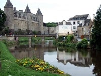 GR37 Hiking with the GR37 from Josselin (Morbihan) to Glomel (Cotes-d'Armor)